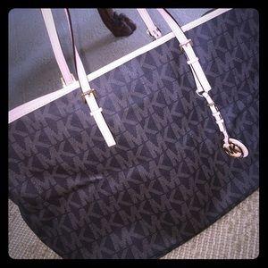 Michael Kors Jetsetter large handbag